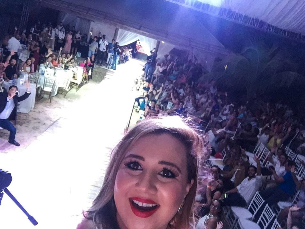 roatan-fashion-show-2016-by-rene-matute05